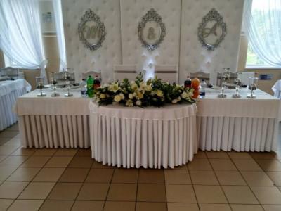 Stół zwieńcem dla Państwa młodych